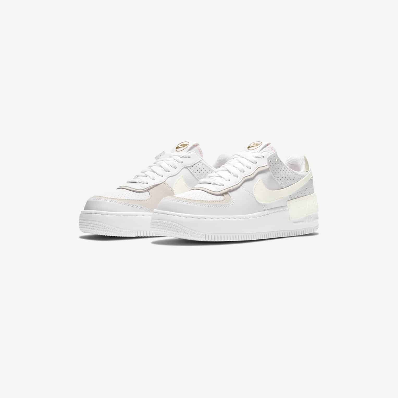 Nike Air Force 1 Shadow White Atomic Pink Neoteric Official Slightly lifted midsole for a touch of in order to navigate out of this carousel please use your heading shortcut key to navigate to the next or previous heading. nike air force 1 shadow white atomic